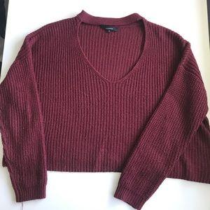 OLIVACEOUS Cropped burgundy v neck sweater